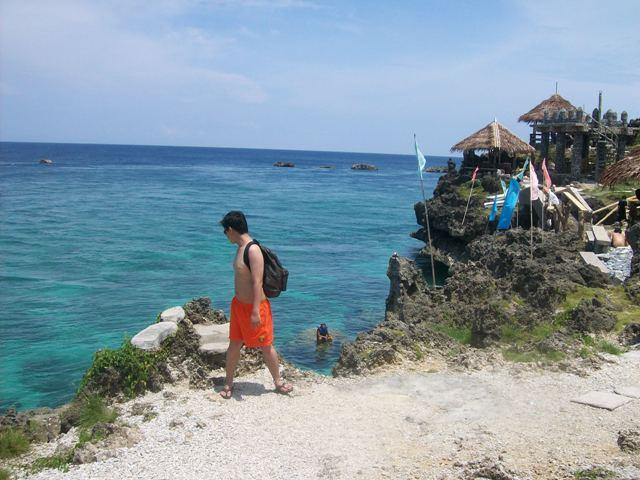 Batang Lakwatserong Yagit at Crystal Cove