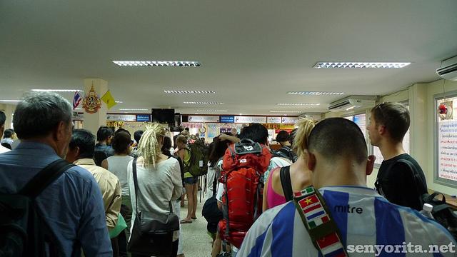 thailand-cambodia-border-crossing