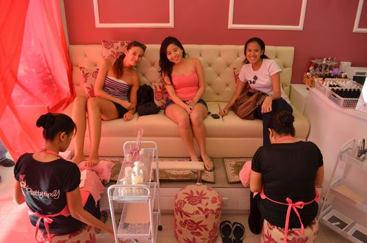 Alex and Mica with Kreme at Pretty Tipsy Nail Salon in Dagupan City
