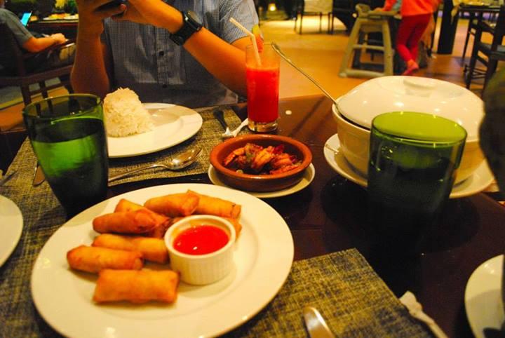 Dinner @ Cafe Veranda