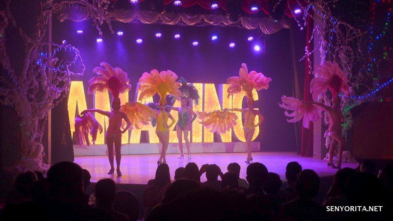 01-Boracay-Amazing-Show