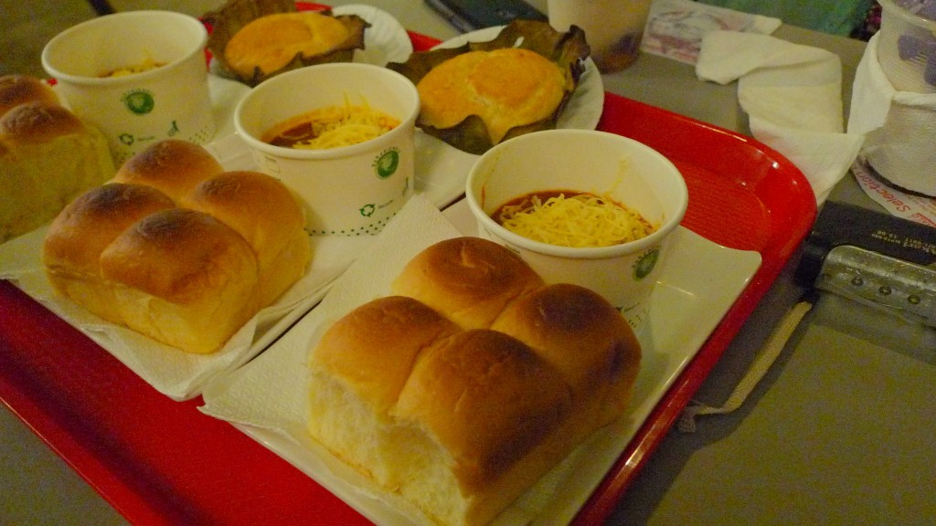Aling Fopings is popular for their halo-halo, but don't miss the bibingka, pandesal and chili con carne!