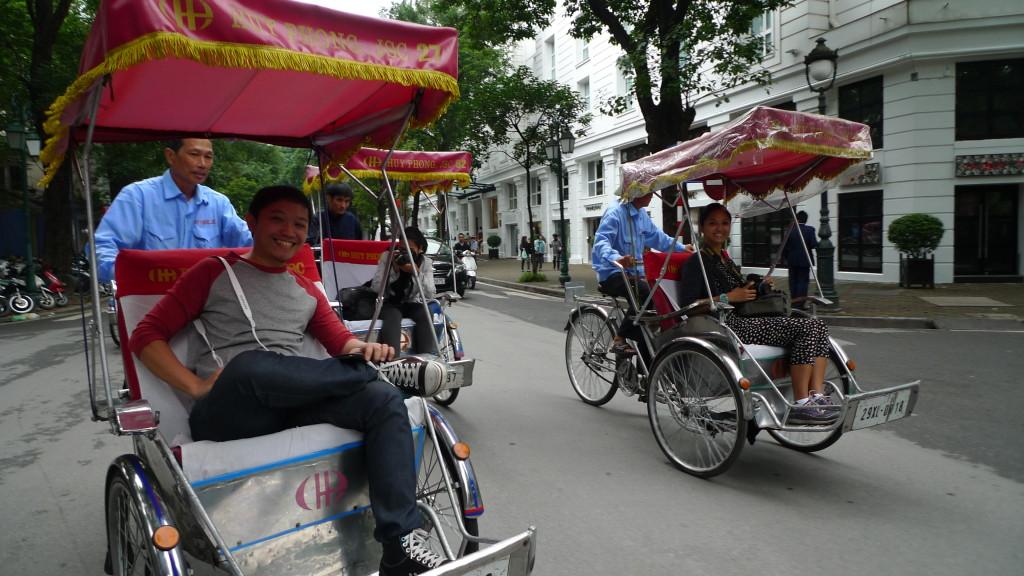 Hanoi-Cyclo-Tour-Bloggers