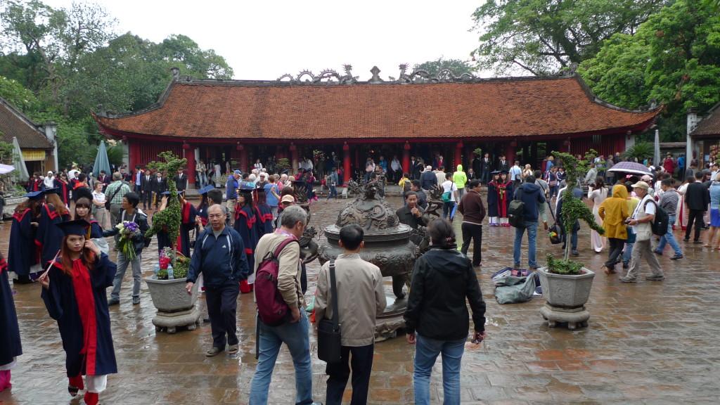 Hanoi-Vietnam-Temple-of-Literature3