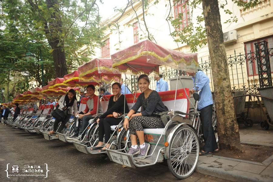 Let the Hanoi Cyclo Tour begin! | Photo Credit: Shayla Sanchez