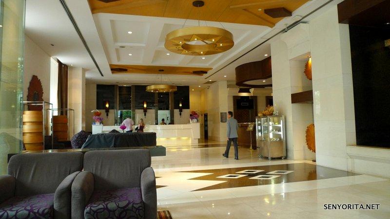 15-Majestic-Grande-Lobby