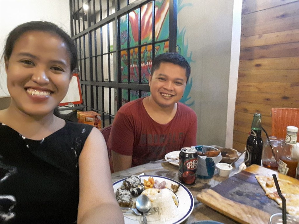 Too many stories shared while nomnoming pizza, balunbalunan, chicken wings and beef kebab... and some random drinks.