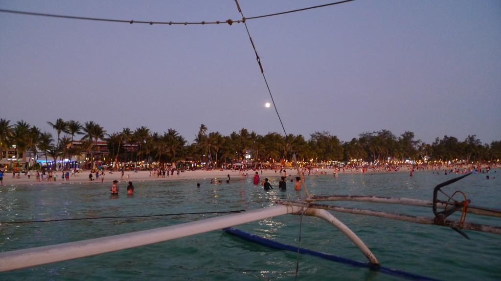 Boracay at night (well... almost!)