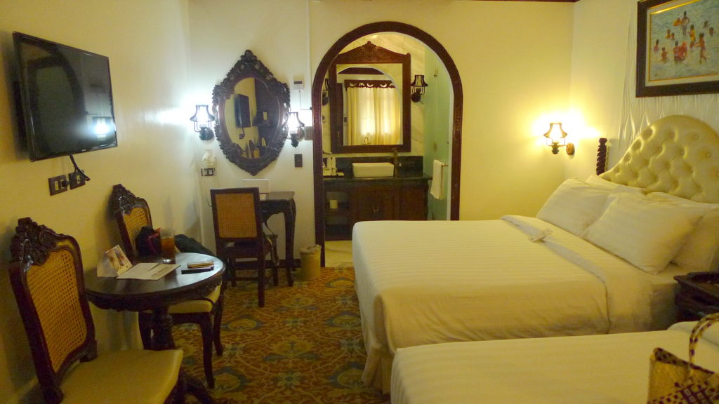 My room in Hotel Luna