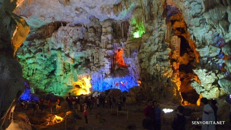 11-halong-bay-vietnam-caves