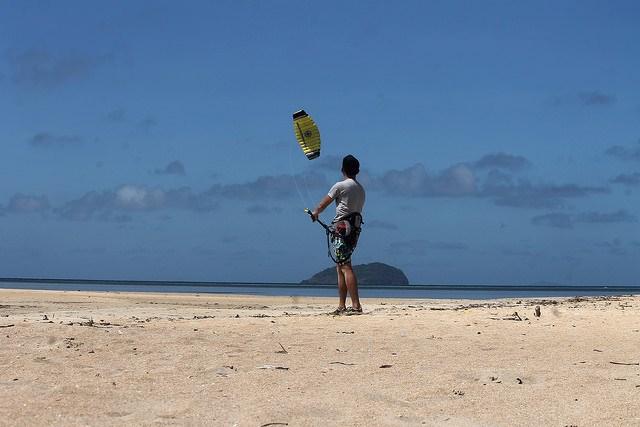 Edgar tries Kitesurfing in Cuyo