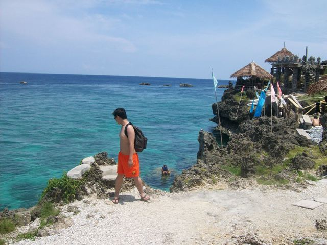 Batang Lakwatserong Yagit at Crystal Cove