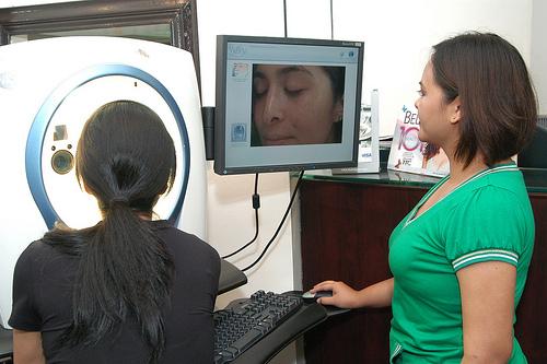 Joyce Jimenez tries the Visia Complexion Analyzer