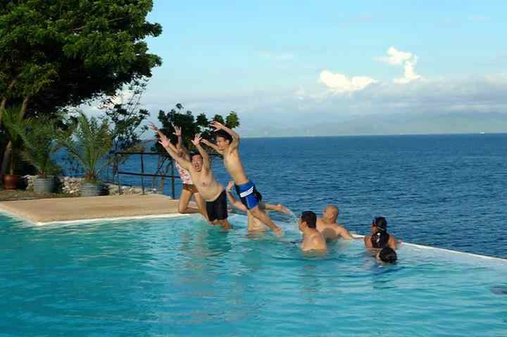 Love S Beach Dive Resort