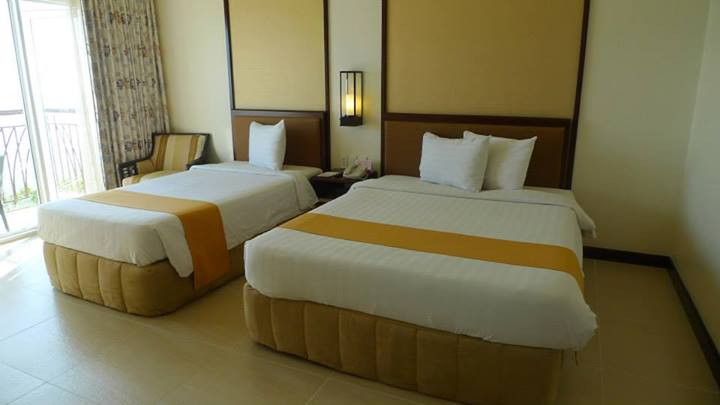 Beds @ Taal Vista Hotel's Premier Lake Wing