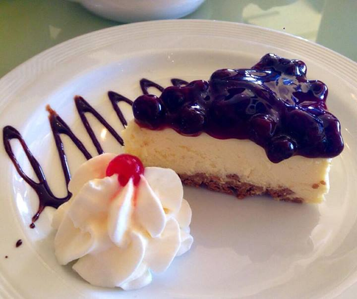 Baked New York Cheesecake with Blueberry Sauce