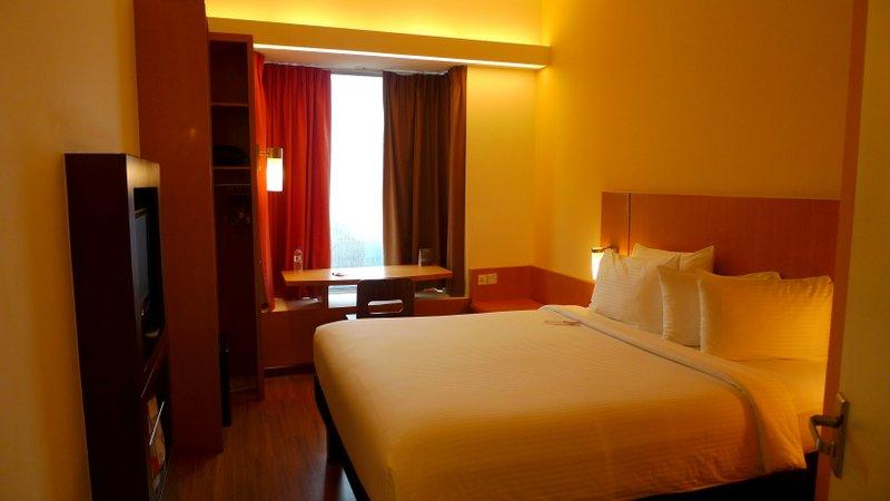 My Room at Ibis Bencoolen in Singapore