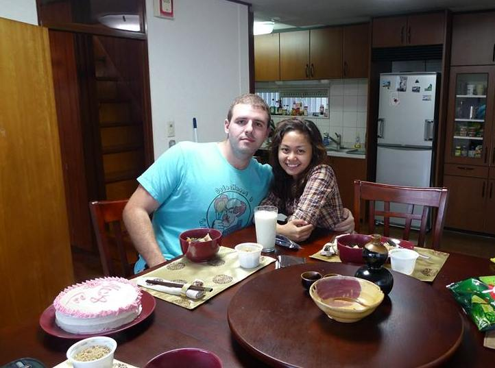 Early dinner with Josh and Ada. Sinigang for dinner cooked by an American!