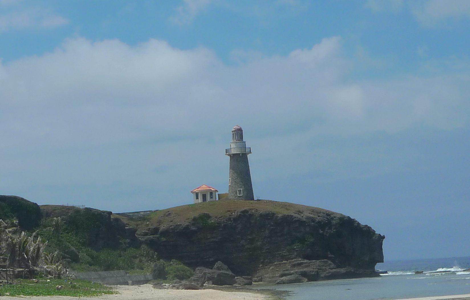 how to go to batanes by boat