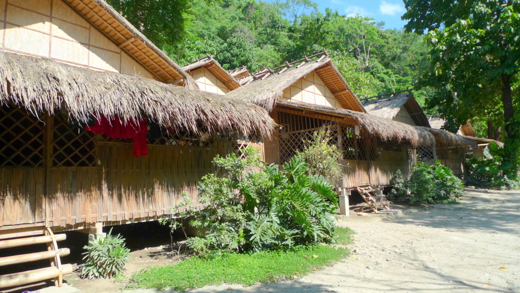 PG-Post-Mangyan-Houses