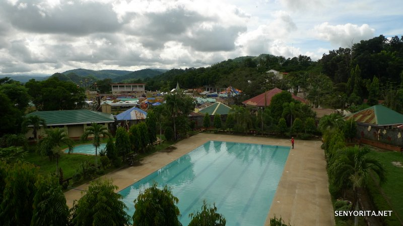 02-Quirino-Capitol-Resort-Pool