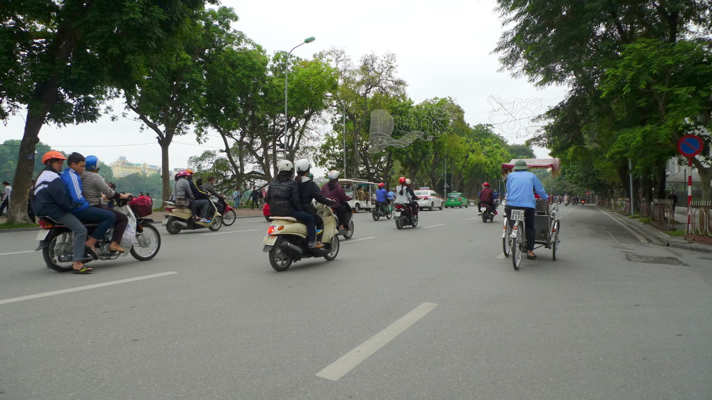 Hanoi-Cyclo-Tour-Motorcycles