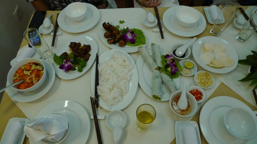 Hanoi-Vietnam-Green-Lotus-Lunch