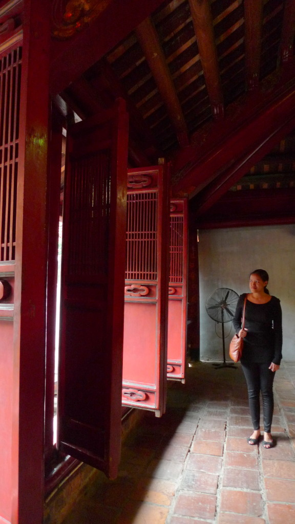 Hanoi-Vietnam-Temple-of-Literature-Solo2