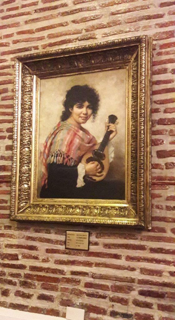 Portrait ofMaria de la Paz Pardo de Tavera, wife of Juan Luna. Yep, that's an original painting!