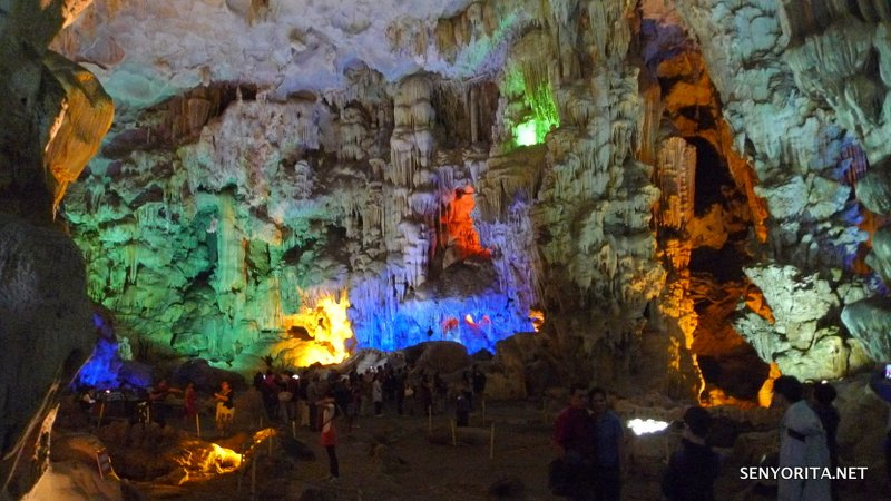 11-halong-bay-vietnam-caves