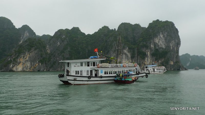 12-halong-bay-vietnam-cruise1