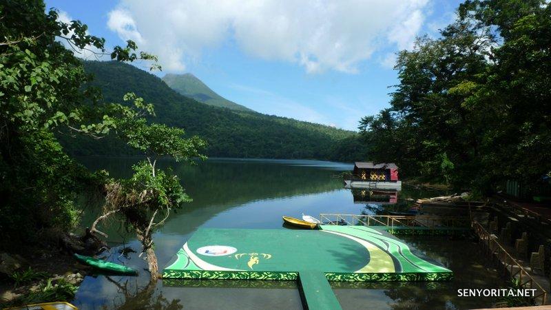 Bulusan Lake and Volcano Nature Park