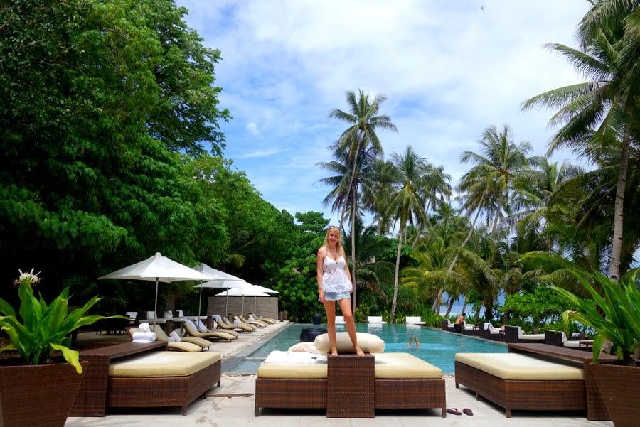 Barbara Wagner of Jet-settera in Pangulasian Island